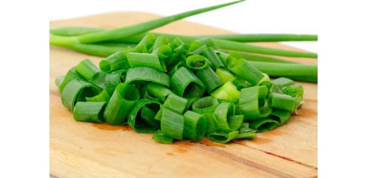 El cebollino: fuente de proteínas, carbohidratos y vitaminas